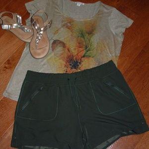 Army Green Size XXL Shorts NWOT